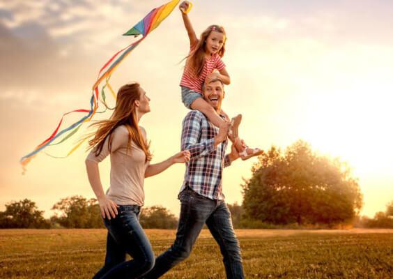 ボクら若い世代が家庭を持つことは夢のまた夢ですよ。